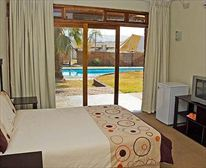 - Siyaphumula Bed and Breakfast